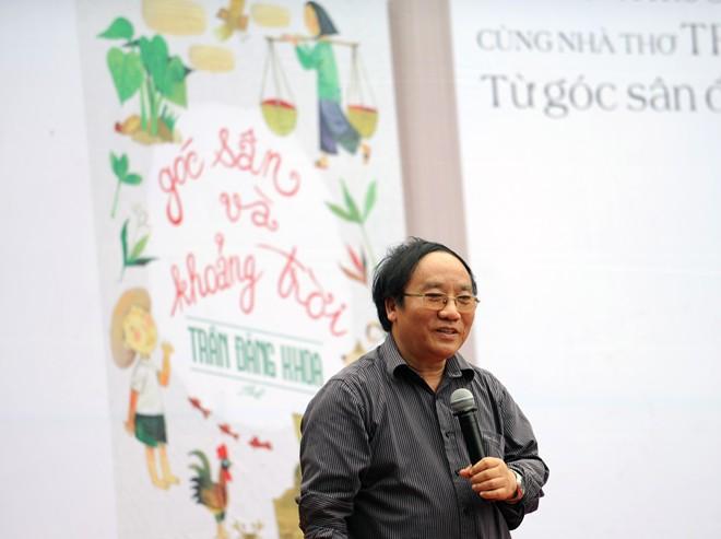 nha tho tran dang khoa Nhà thơ Trần Đăng Khoa: Tôi mất tuổi thơ từ năm lên 8