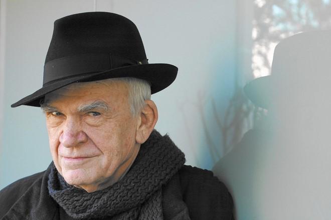 Nhà văn Milan Kundera. Ảnh: L.A Times