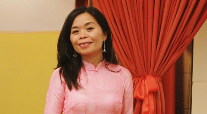 Nhà thơ Nguyễn Phan Quế Mai. Ảnh: Việt Hà