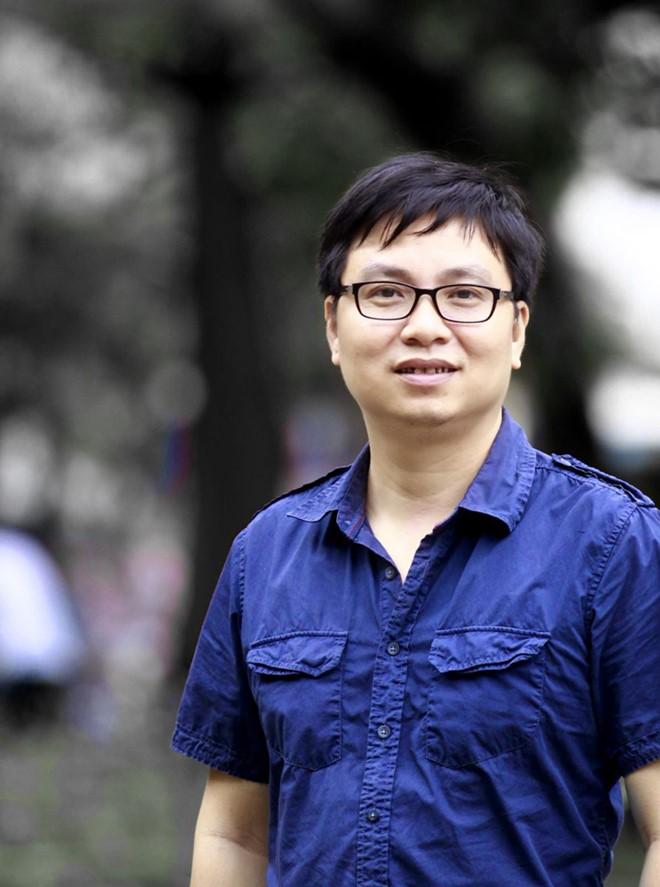 Nhà văn Nguyễn Đình Tú. Ảnh: VNQĐ.