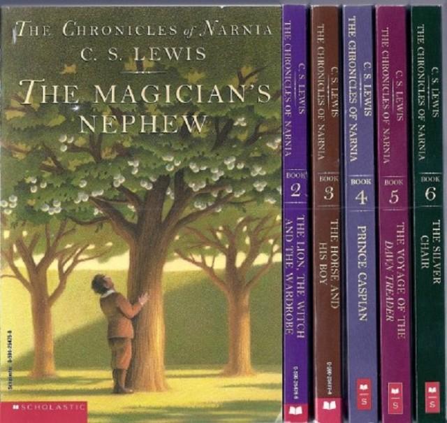 """Trong """"Biên niên sử Narnia"""" là cả một thế giới rộng lớn do một con sư tử quyền năng tạo ra"""