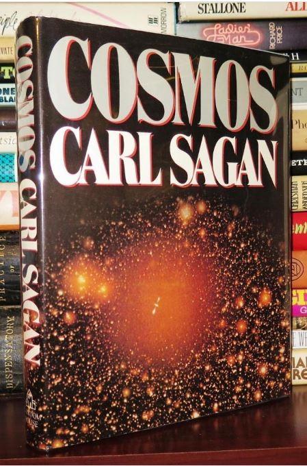 sach cosmos 5 cuốn sách ăn khách về vũ trụ bao la