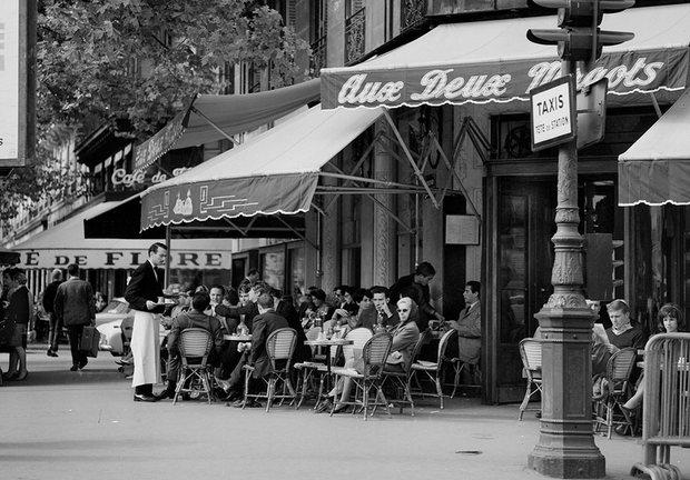 Quán cafe ở Saint-Germain năm 1962