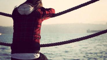 nen 370x208 - Con gái, sự lựa chọn bạn trai và những nghịch lý