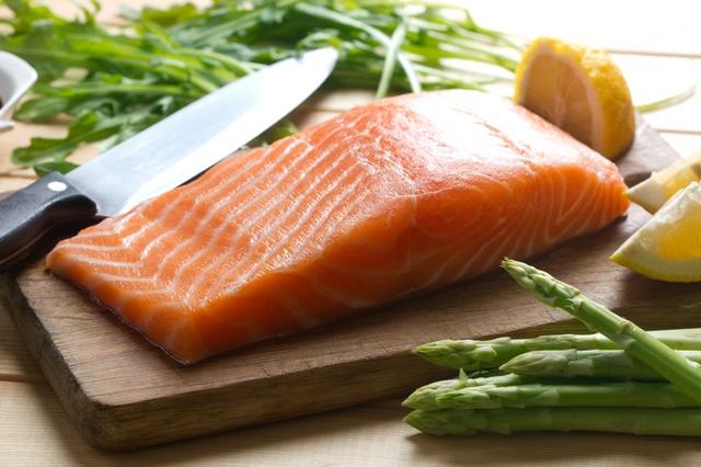 nen an ca 2 Mọi chuyên gia dinh dưỡng đều khuyên bạn ăn cá, tại sao vậy?