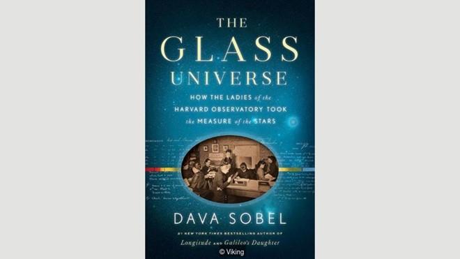 sach the glass universe 10 cuốn sách không nên bỏ qua trong tháng 12