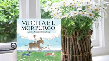 Tác phẩm Trở về tuổi thơ của nhà văn Michael Morpurgo.