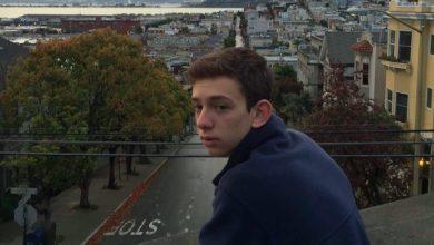 Photo of Dành 130 giờ mỗi tuần cho đam mê tạo lập website, cậu nhóc 15 tuổi này đã thành công và khiến nhiều người nể phục