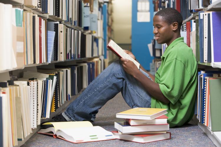 4 loi ich doc sach 1 4 lợi ích của thói quen đọc một cuốn sách nhiều hơn một lần