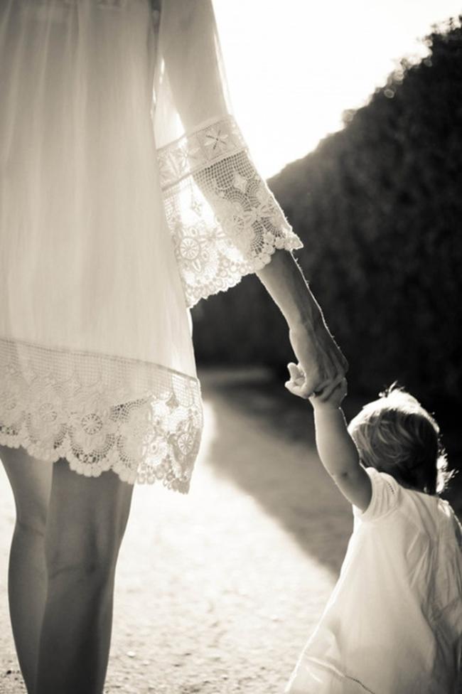 ban tay me 2 Hãy nhìn vào tay mẹ để thấy thành công của bạn đánh đổi bởi điều gì