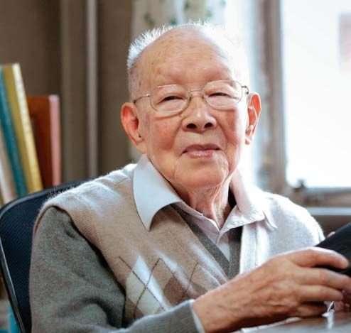 cu chu huu quang Cụ ông 111 tuổi chia sẻ 5 bí quyết sống thọ