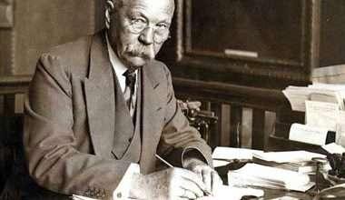 Photo of 10 điều chưa biết về tác giả Sherlock Holmes