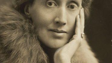 nha van virginia woolf 370x208 - Virginia Woolf: Chiến binh bất hạnh của phong trào nữ quyền
