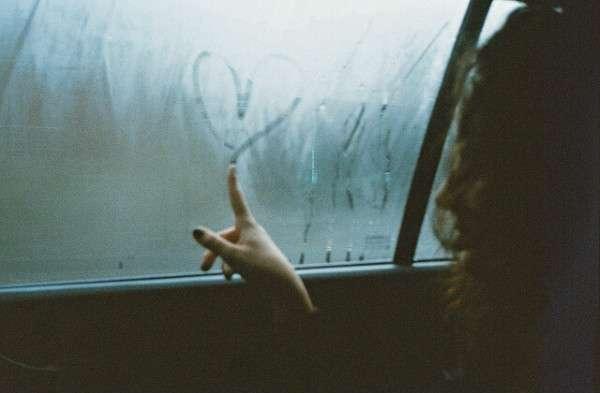 emotion 31 Những nỗi buồn trong cuộc sống mà chúng ta phải đối mặt khi khôn lớn