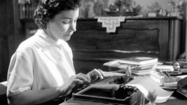 nha van szabo 370x208 - Szabo Magda: Nữ nhà văn tìm kiếm bí ẩn trong tâm hồn con người