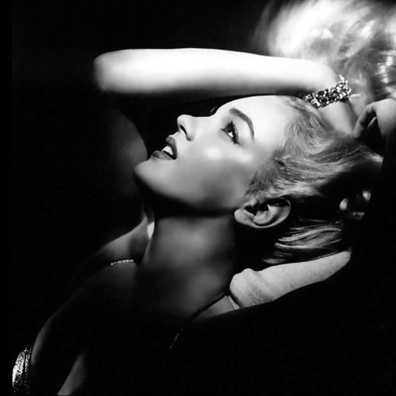 nhan vat monroe 2 Marilyn Monroe: Kho tàng trải nghiệm từ cuộc đời đau thương