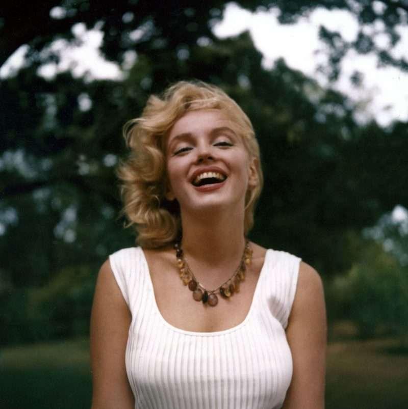 nhan vat monroe 3 Marilyn Monroe: Kho tàng trải nghiệm từ cuộc đời đau thương