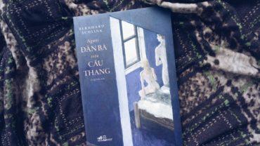 sach nguoi dan ba tren cau thanh 370x208 - Người đàn bà trên cầu thang: Một áng văn chương dịu êm