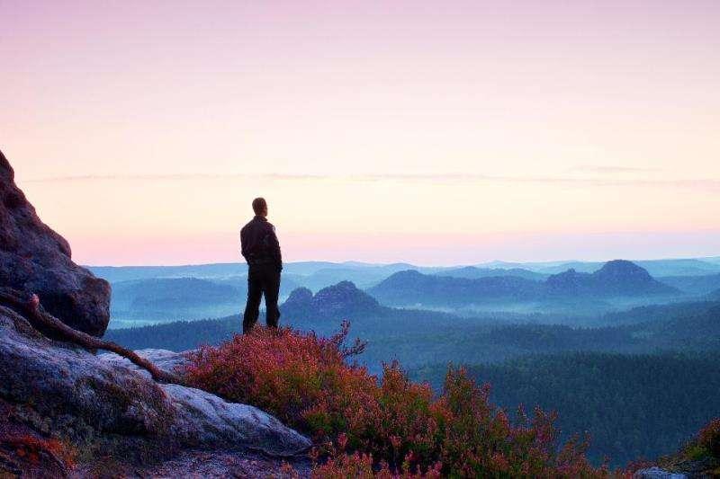 """doc than 1 7 lợi ích của """"độc thân"""": Cơ hội tốt để hoàn thiện bản thân bạn"""