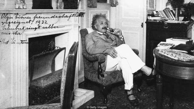 nhan vat einstein 3 Học được gì từ những thói quen kỳ lạ của Einstein?