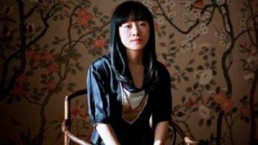 """tac gia an ni bao boi 370x208 - An Ni Bảo Bối: """"Mỹ nữ viết văn"""" đặc biệt nhất của văn chương đương đại Trung Quốc"""
