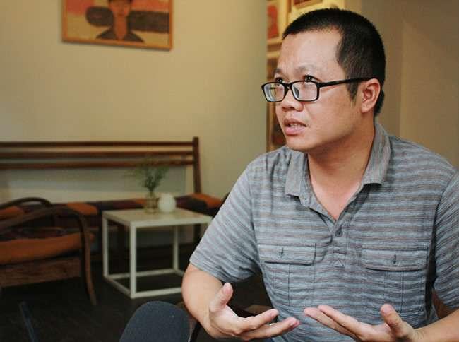 nha van uong trieu Uông Triều: Nhà văn nghiện sách