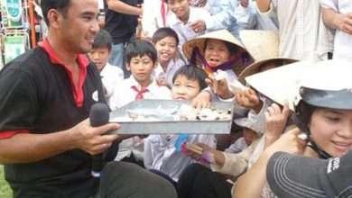 """Photo of Chàng MC """"nông dân"""" Quyền Linh và câu chuyện cuộc đời"""