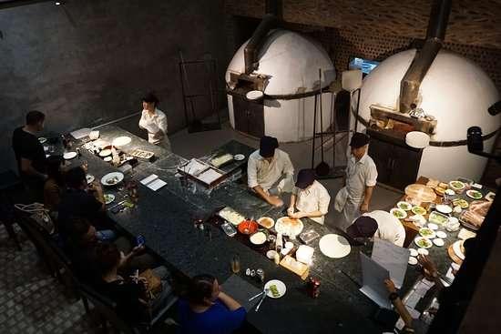 nhan vat yosuke masuko 6 Người đàn ông Nhật kiếm chục triệu đô nhờ bán pizza ở VN: 6h dậy, tập thiền và dành 13 tiếng cho công việc