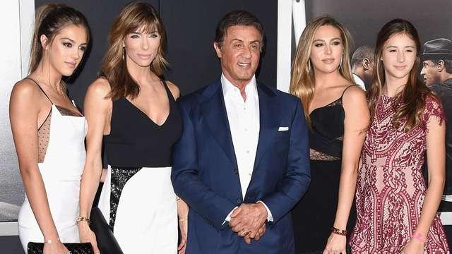 nhan vat Sylvester Stallone 9 Huyền thoại Hollywood Sylvester Stallone: Hãy theo đuổi đến tận cùng ước mơ dù có phải đổ bao nhiêu mồ hôi, máu và nước mắt