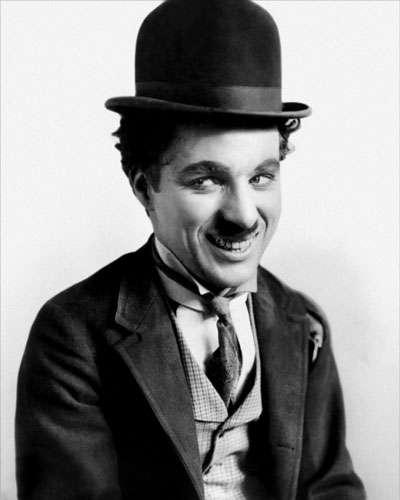 nhan vat sac lo 2 Biểu tượng của nụ cười Charles Chaplin: Khó khăn đến mấy cứ hãy mỉm cười