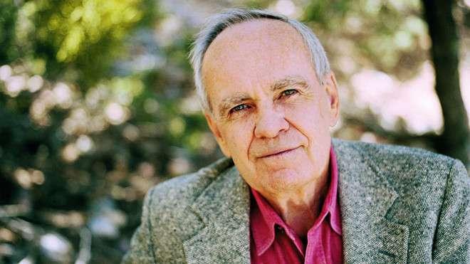 nha van cormac mccarthy Những nhà văn nổi tiếng nhất của 50 bang nước Mỹ