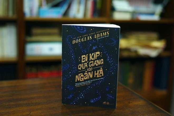 sach bi kip qua giang vao ngan ha 5 cuốn sách khoa học viễn tưởng giúp khám phá vũ trụ rộng lớn
