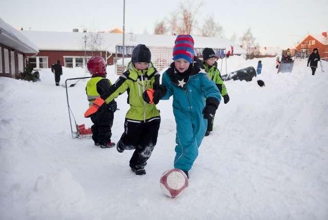 triet ly nuoi day con cua cha me thuy dien 3 8 điều thú vị trong cách nuôi dạy con của cha mẹ Thụy Điển