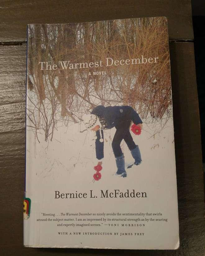 sach the warmest december Những cuốn sách hay nhất viết về tháng Mười hai