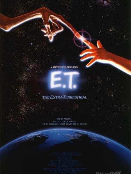 phim E.T 8 phim hay về gia đình Mỹ ngập tràn tình cảm