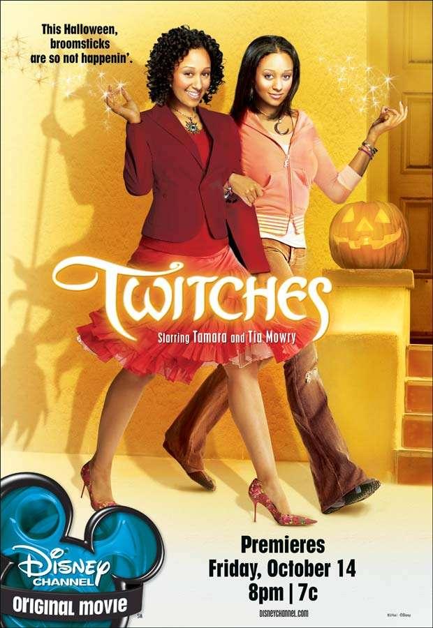 phim Twitches 8 phim hay về Halloween vừa đáng sợ vừa hài hước