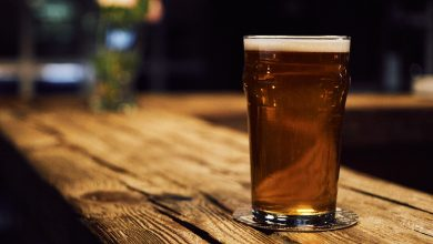 Photo of 5 quyển sách hay về bia rượu dạy cho bạn tất cả mọi thứ bạn cần biết để có được món đồ uống tốt nhất.