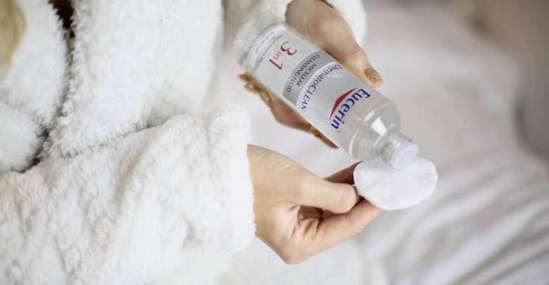 Kết quả hình ảnh cho Eucerin Clean Micellar Cleansing Fluid - Nước Tẩy Trang 3 in 1