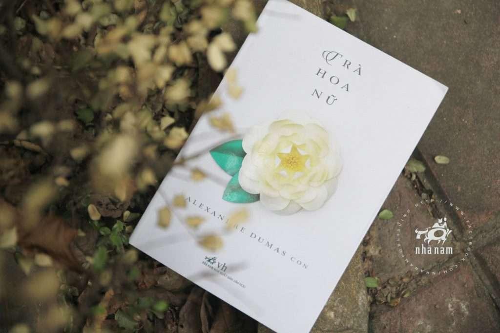 sach tra hoa nu 1024x682 Trích dẫn sách Trà Hoa Nữ
